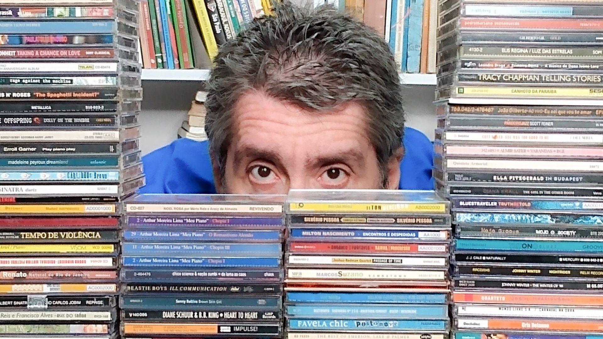 Na Caixa de CD