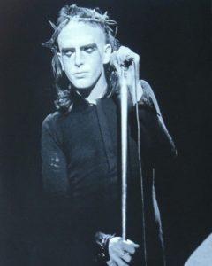 Peter Gabriel, na primeira fase do Genesis, entre 1969 e 1975 - Foto: Reprodução