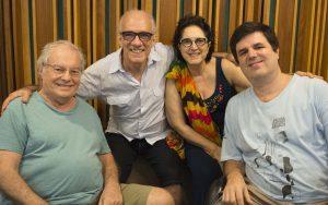 Olivia com Francis, Alem e Aragão - Foto: Clara Nascimento/Divulgação