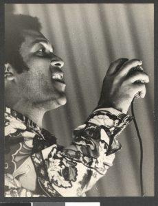 Roberto Ribeiro cantou os sambas da Império Serrano por 11 anos - Fotos: Acervo Pessoal