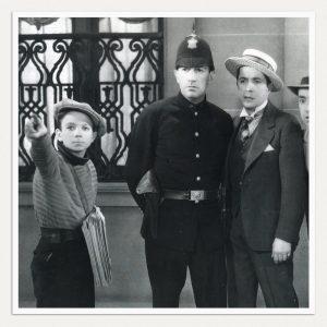 O pequeno Astor contracenou com o astro Gardel no filme 'El Dia Que Me Quieras' - Foto: Reprodução