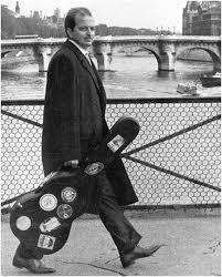 Luiz Bonfá e seu violão em Paris, seu reconhecimento internacional transcendeu a Bossa Nova