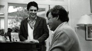 Chico Buarque e Tom Jobim, um de seus mais frequentes parceiros - Foto: Reprodução