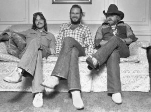 Frank Beard, Billie Gibbons e Dusty Hill nos prmórdios da banda - Foto: Reprodução